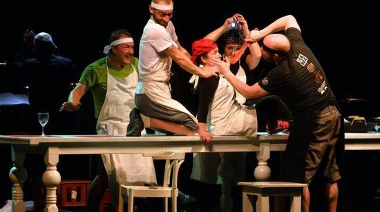 Az Aranysárkány – kortárs operadráma egy németországi kínai-thai-vietnámi étteremben