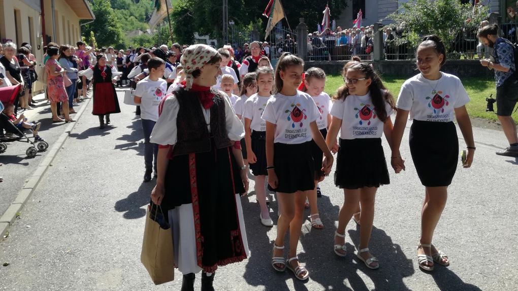 Kerek évfordulót ünnepelt a Tordaszentlászlói Kórustalálkozó