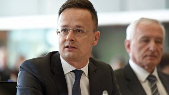 Szijjártó: elfogadhatatlan, hogy Romániában visszalépés történik a nemzeti közösségek jogaiban