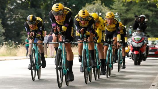 A Tour csapatidőfutamán is meglepetést okoztak a hollandok