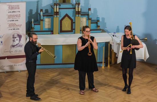 Búcsú a középkortól, kísérlet a reneszánszra az Alta Bellezza együttessel
