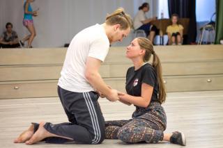 Gyűlölni és szeretni egyszerre – itt az új Apáczai-musical