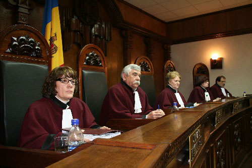 Az alkotmánybíróság elutasította az alaptörvény módosítását