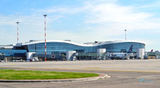 Az idei első öt hónapban 5,47 millió utasa volt a bukaresti nemzetközi repülőtérnek
