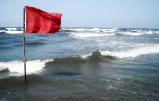 Belefulladt a Fekete-tengerbe egy turista