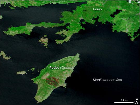 Tűzveszély több görögországi turistaparadicsomban