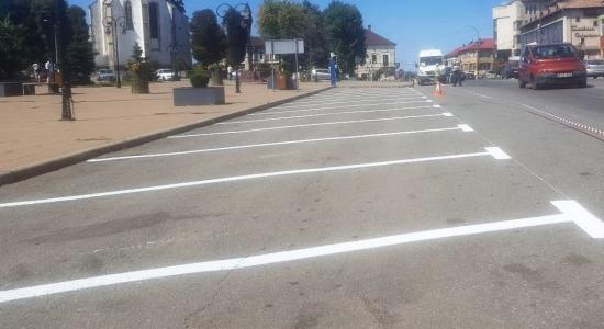 Több száz parkolóhelyet létesítettek Bánffyhunyadon