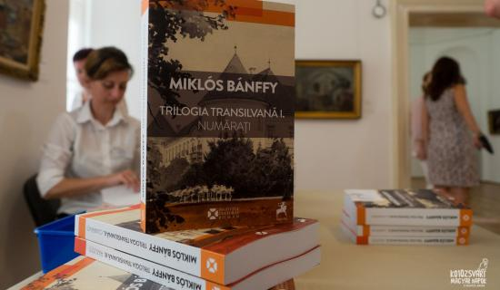 """""""A könyv csodálatos, (...) nyoma sincs benne sovinizmusnak"""""""