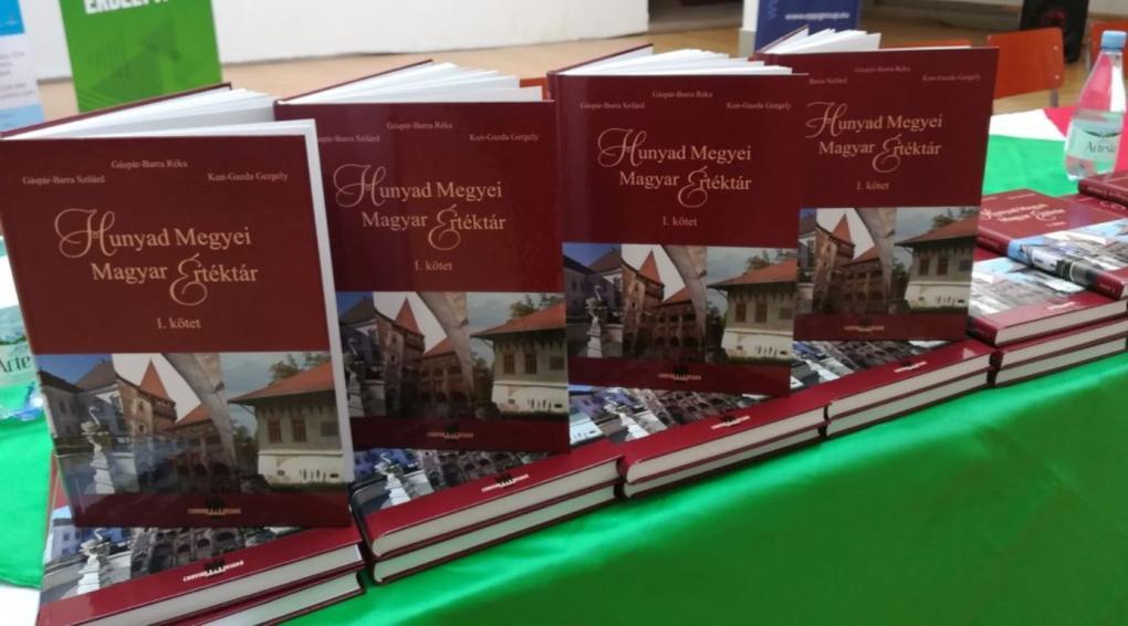 Bemutatták a Hunyad megyei magyar értéktárat