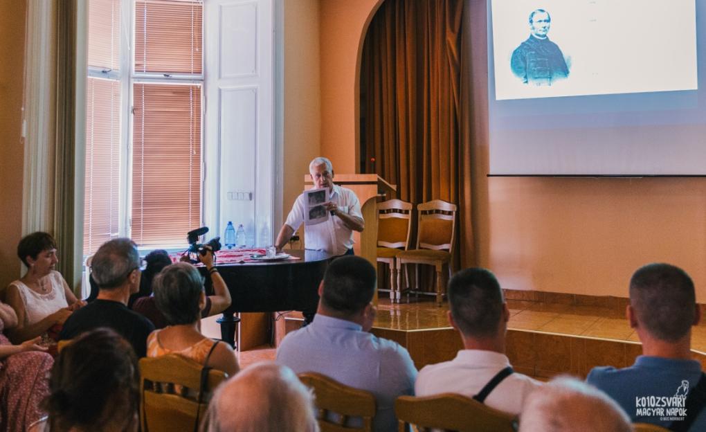 Jánó Mihály művészettörténész arra világított rá, hogy jelenleg lendületes falkép-kutatás zajlik Erdélyben