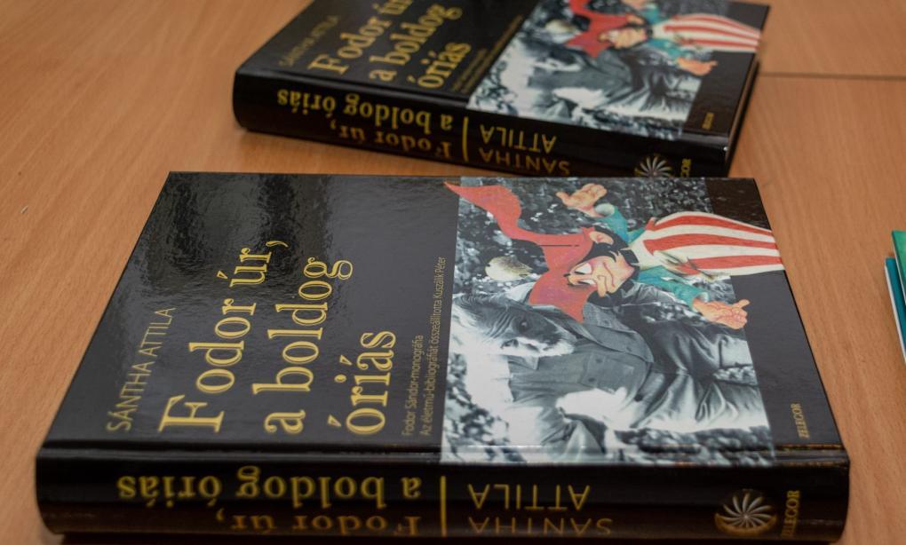 Bemutatták Sántha Attila Fodor úr, a boldog óriás című kötetét