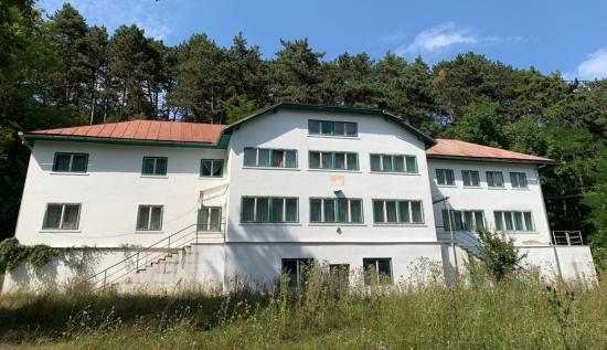 Átvette a Kolozs Megyei Tanács a jegenyei ifjúsági táborhelyet