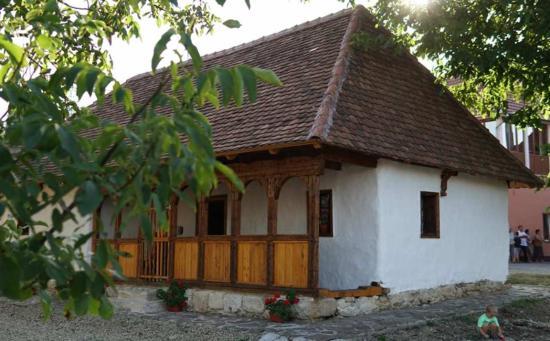 Községi falumúzeumot avattak Várfalván