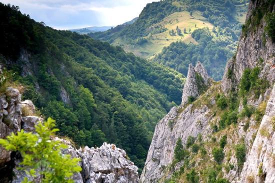 Fehér megye: festői útszakaszon új turisztikai útvonal