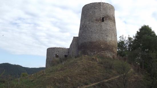 Megújul a romos vár a Sebes-Körös mellett