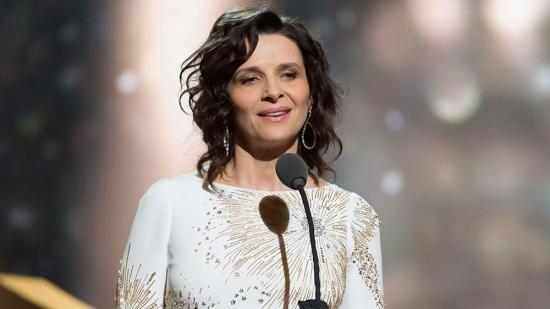 Juliette Binoche életműdíjat kap az Európai Filmakadémiától