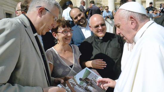 Személyes köszönetnyilvánítás Ferenc pápának a látogatásáért