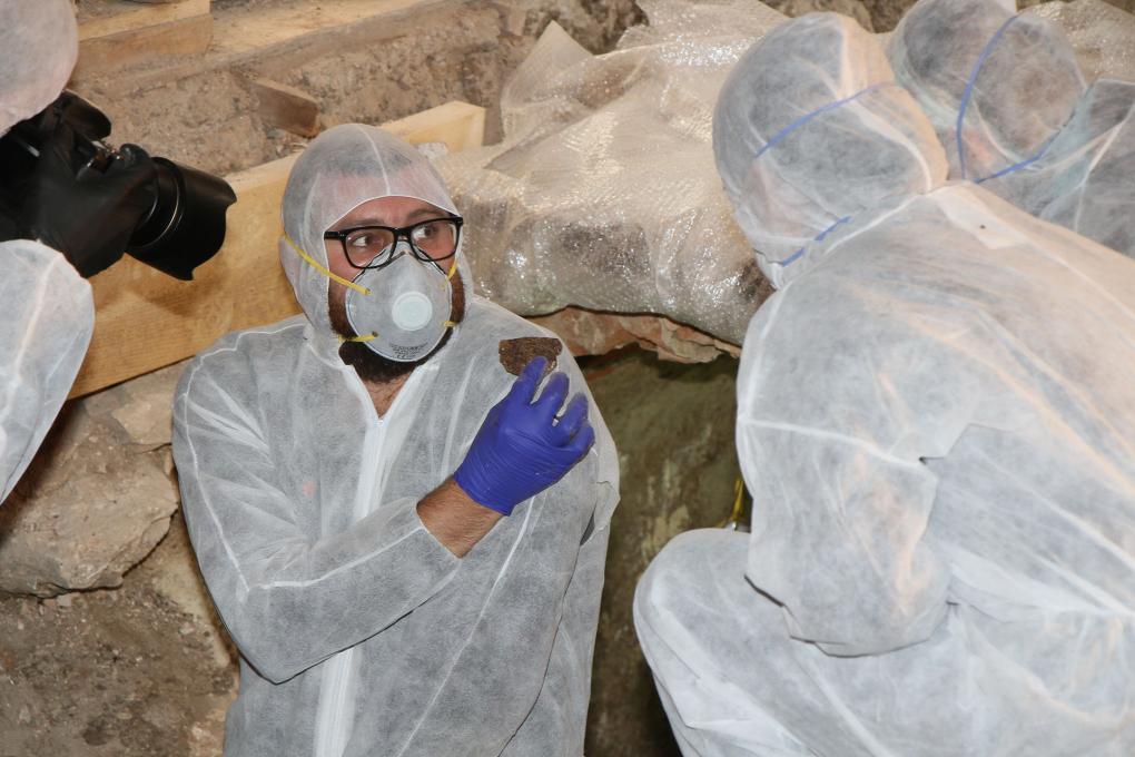Folytatódik a régészeti feltárás a református templomban