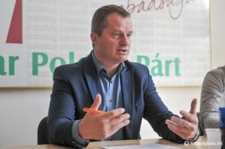 Lemondásra szólította fel Mezei János MPP-elnököt a párt vezetőinek egy csoportja (FRISSÍTVE)