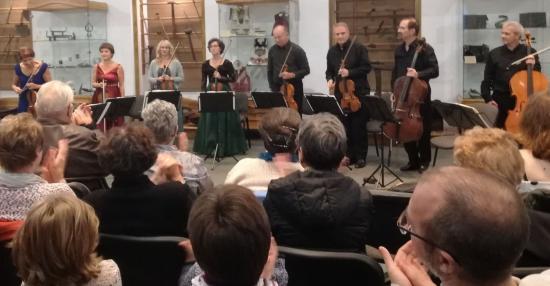 Oktettek szépsége – nyolc hangszeres koncertje a Redutban