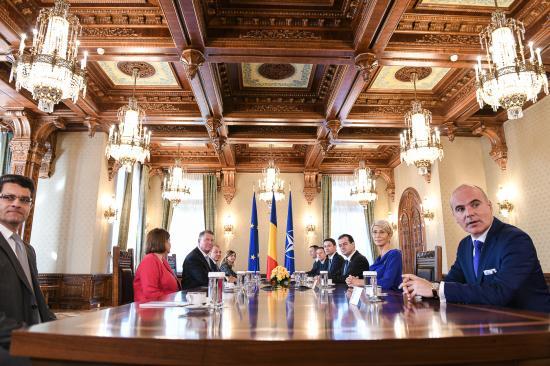 Iohannis: hétfőn, legkésőbb kedden nevezem meg a miniszterelnök-jelöltet