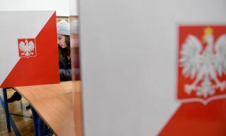 Lengyel választások - az exit pollok szerint győzött a Jog és Igazságosság párt