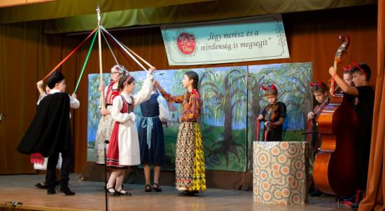 Művelődési és oktatási évadot nyitottak a szamosújvári Tékánál