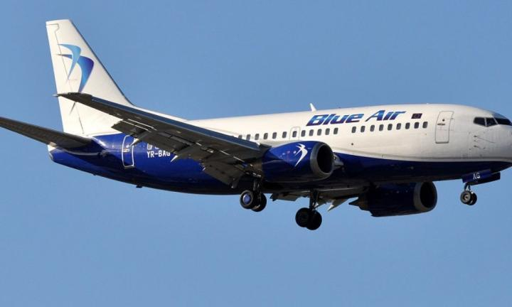 VIDEÓ - Repülőgép landol a Kolozsvári Nemzetközi Repülőtéren