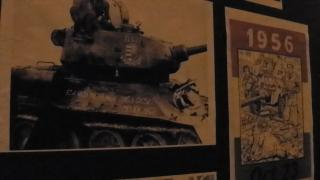 VIDEÓ - Készítik az 1956-os szabadtéri kiállítást
