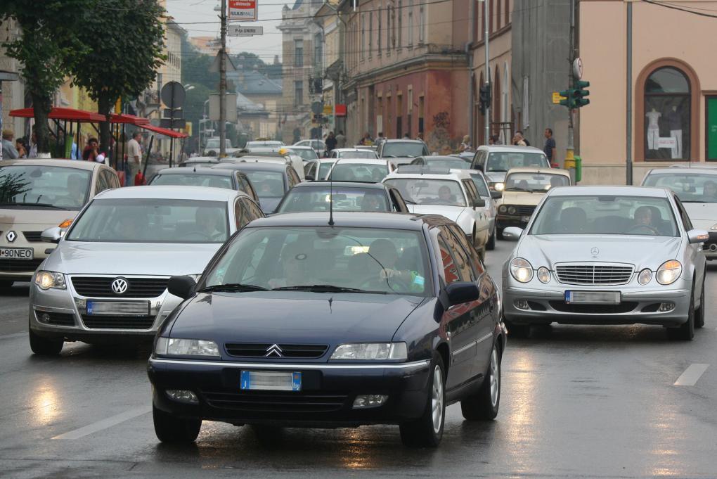 """""""Forradalom"""": teljesen kitiltják a régi autókat a fővárosból"""
