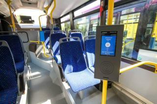 Hétfőtől kérhetik buszbérletüket a nyugdíjasok