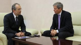 Cioloș köszöni, de nem kér többet Boc-ból