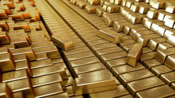Iohannis visszaküldte a parlamentnek az aranytartalék külföldi tárolását korlátozó törvényt