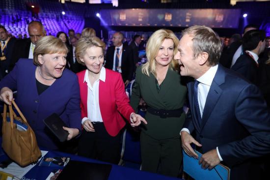 Donald Tuskot választották az Európai Néppárt elnökének (FRISSÍTVE IOHANNIS NYILATKOZATÁVAL)