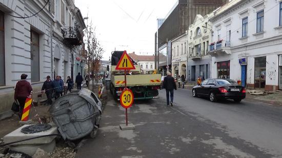 VIDEÓ - Haladnak a Dózsa György utca korszerűsítésével