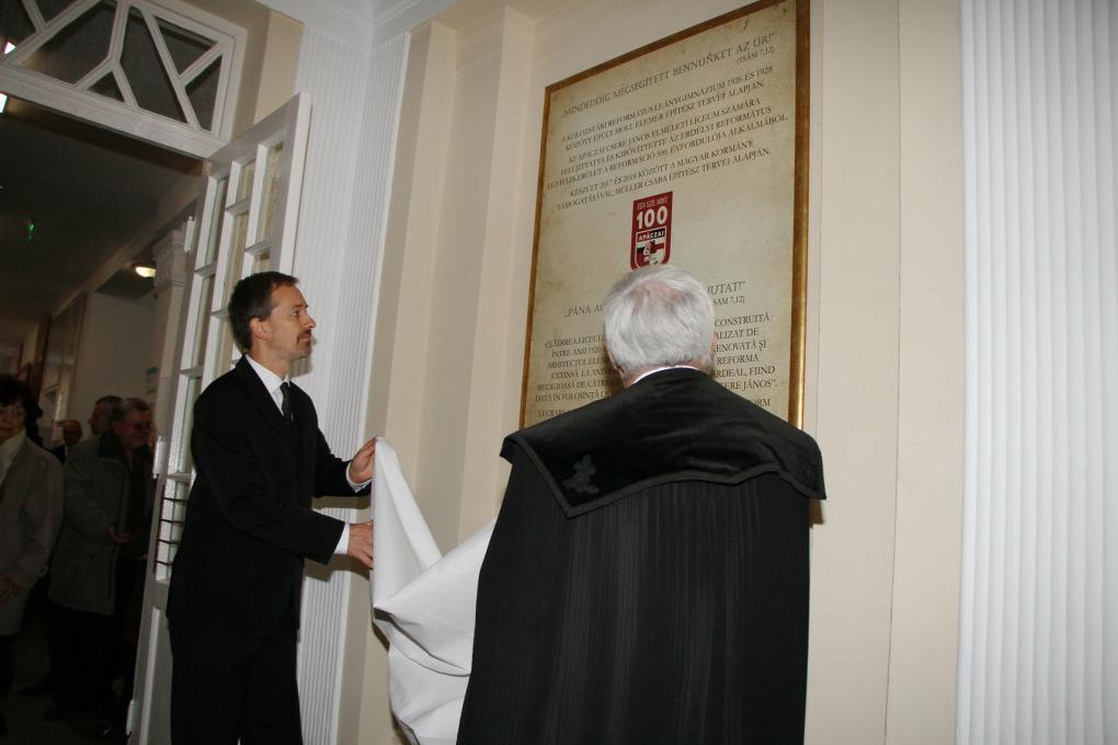 Az Apáczai-líceum és elődje centenáriumát ünnepelték