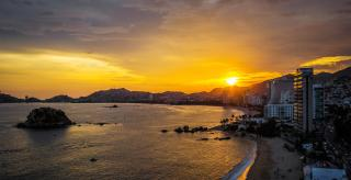 Acapulco, a kövek városa