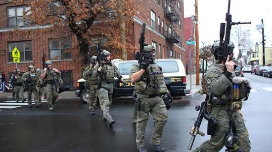 Lövöldözés volt a New Yorkhoz közeli Jersey Cityben, hatan meghaltak