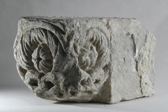 Árpád-kori különleges kőfaragványok kerültek elő Borosjenőn