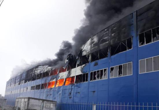 Kigyulladt egy építés alatt álló gyárcsarnok Aranyosgyéresen