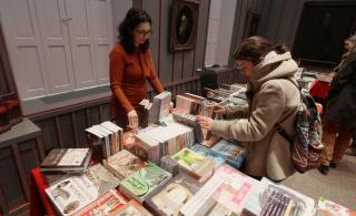 Megnyílt az Adventi Könyvvásár a Vallásszabadság Házában