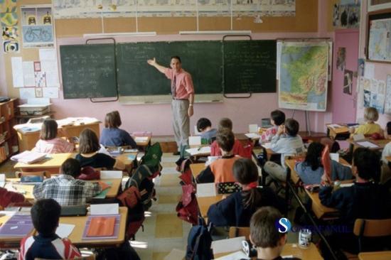 Orban: nő a pedagógusok bére