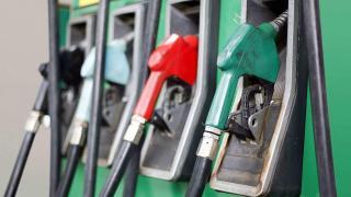 Néhány banival olcsóbb lesz az üzemanyag