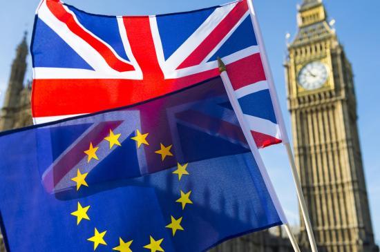 Brexit - Felmérés: a britek derűlátóbbak, mint tavaly