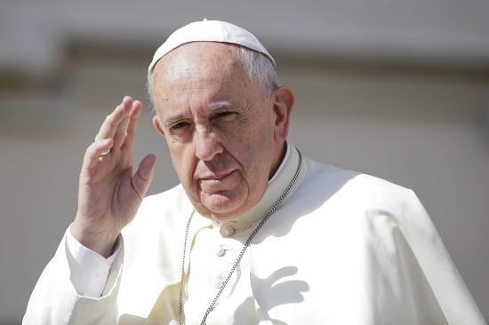 Ferenc pápát folyamatosan tájékoztatják az Iránban és a térségben történő eseményekről