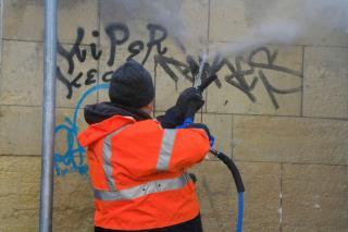 Graffiti-eltávolító gépet teszteltek sikeresen