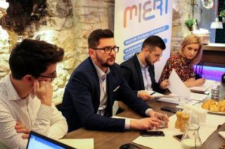 A magyar fiatalok is készülnek a közelgő választásokra