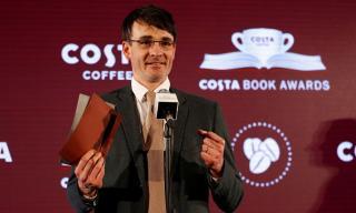 Costa Könyvdíj – Egy lengyel ellenállóról szóló életrajz kapta a nagydíjat