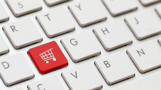 Eb: a webshopok kétharmada nem felel meg a fogyasztóvédelmi előírásoknak