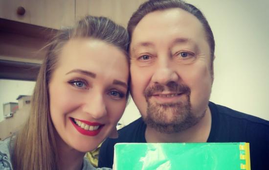 Apa és lánya a Rigolettóban